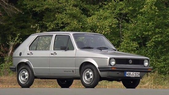 Uygun Fiyatlara Alınabilecek 8 Klasik Otomobil